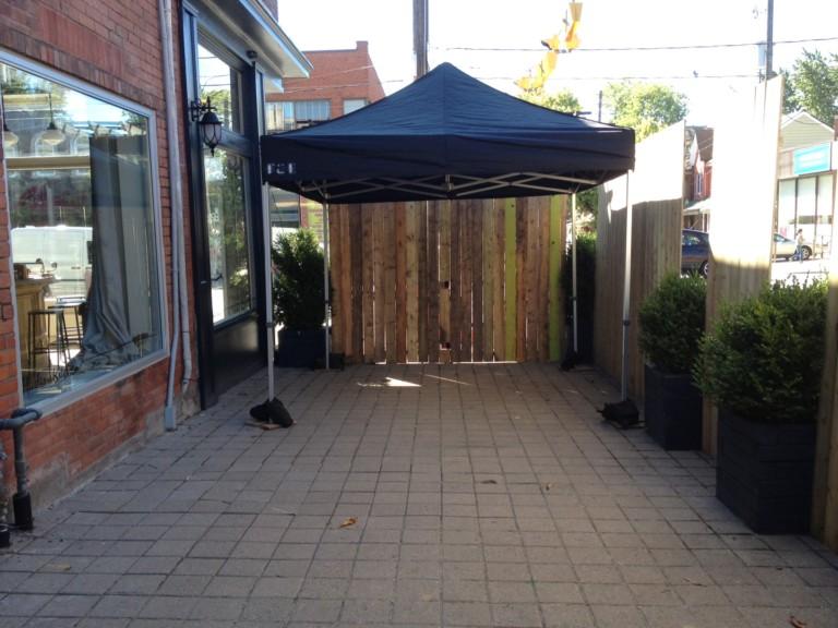 Tent 10'x10' w/sidewalls